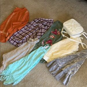 Francesca's bundle with 2 other tanks and purse